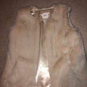 Forever 21 Girls Fur Vest!